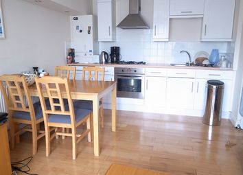 Thumbnail 1 bed flat to rent in East Street, London