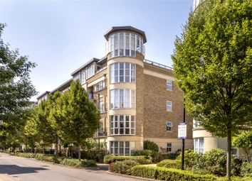 Thumbnail 2 bedroom flat to rent in Melliss Avenue, Kew, Richmond