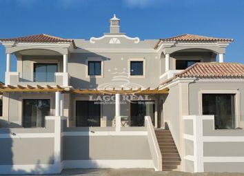 Thumbnail 4 bed villa for sale in Quinta Do Mar, Central Algarve, Portugal