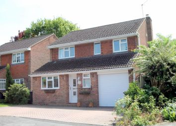 Thumbnail 3 bed detached house to rent in Lashmere, Copthorne, Crawley