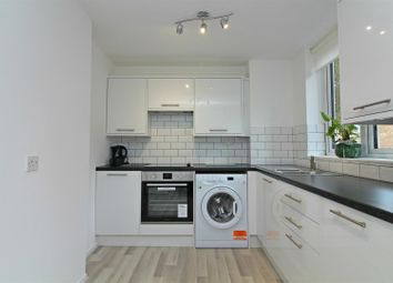 Thumbnail 2 bedroom maisonette to rent in Mullet Gardens, London