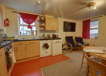 Thumbnail 4 bed flat to rent in Byron Street, Sandyford, Newcastle Upon Tyne