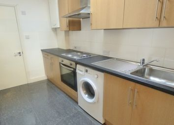Thumbnail 1 bed flat to rent in Dunlace Road, Hackney