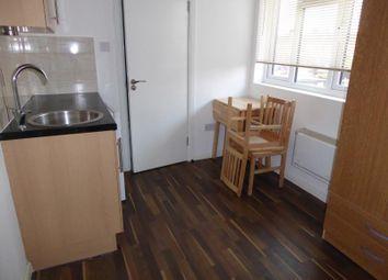 Thumbnail Studio to rent in Charlton Dene, London