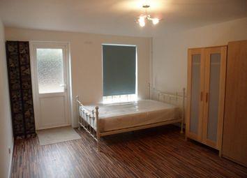 Thumbnail Room to rent in Woodseer Street, London