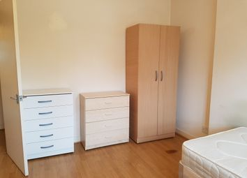 Thumbnail Room to rent in Castlehaven Road, London