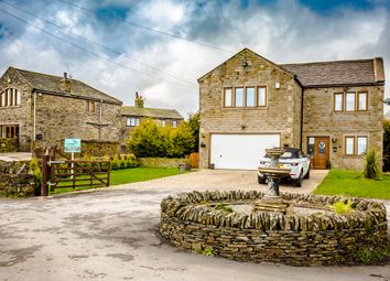 4 bed detached house for sale in Calder View Court, Shelf, Halifax HX3