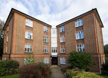 Thumbnail 4 bed flat for sale in Mount Avenue, London