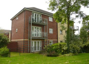 2 bed flat to rent in Philmont Court, Coventry CV4