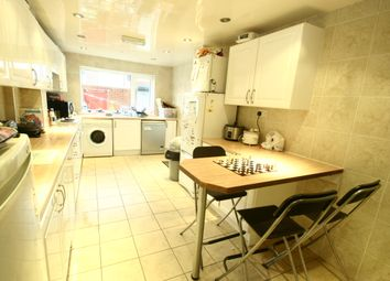 Thumbnail 7 bed town house to rent in Sandyford Road, Sandyford