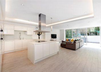 Thumbnail 3 bedroom flat for sale in Rosslyn Hill, Hampstead, London