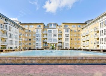 Thumbnail 1 bed flat to rent in St Davids Sq, Canary Wharf