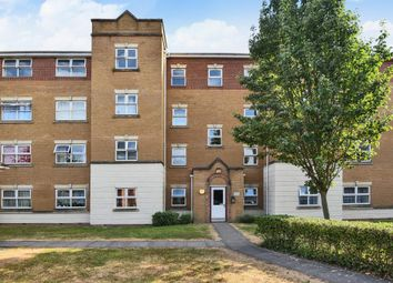 Thumbnail 2 bedroom flat to rent in Pickford Gardens, Slough
