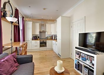 Thumbnail 2 bed flat for sale in 39 Pyrland Road, London