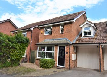 Thumbnail 3 bed link-detached house for sale in Derwent Avenue, Didcot