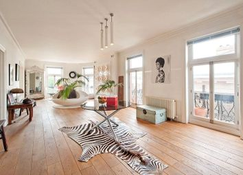 Thumbnail 4 bed flat for sale in Drayton Gardens, London