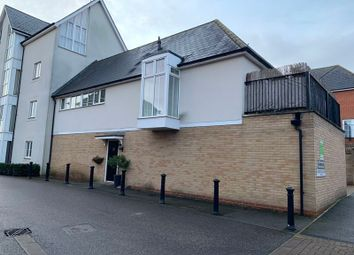 Lambourne Chase, Chelmsford CM2. 2 bed property