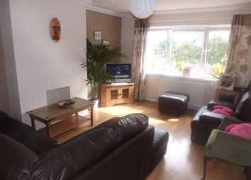 Thumbnail 3 bed flat to rent in Broom Close, Southsea