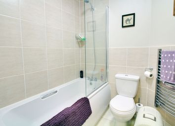 Thumbnail 1 bed flat to rent in Whitney Chambers, Barking