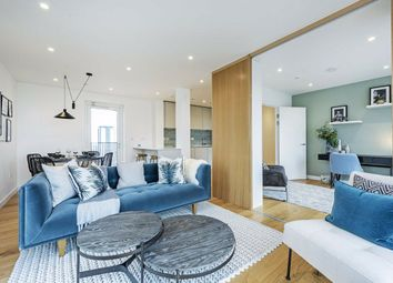 Thumbnail 3 bed flat for sale in 11 Mapleton Crescent, Wandsworth, London