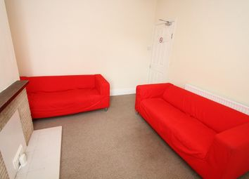 Thumbnail Room to rent in Room 4, Queensland Avenue, Earlsdon, Coventry