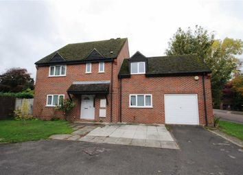 Thumbnail 4 bed detached house to rent in Strawberry Hill, Newbury