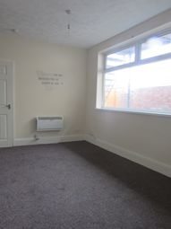 Thumbnail 1 bed flat to rent in Hainton Street, Grimsby