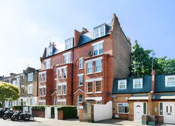 Thumbnail 1 bed flat to rent in Fairmead Road, London