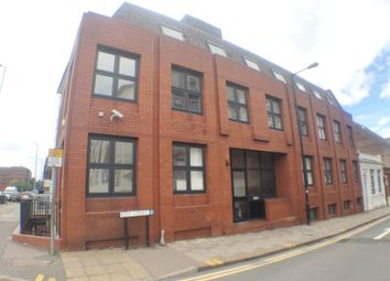 2 bed flat to rent in King Street, Luton, Beds LU1