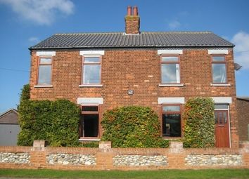 Thumbnail 5 bed detached house for sale in Low Road, Winterton-On-Sea