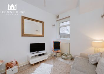 Thumbnail 6 bed terraced house for sale in Weston Park, London