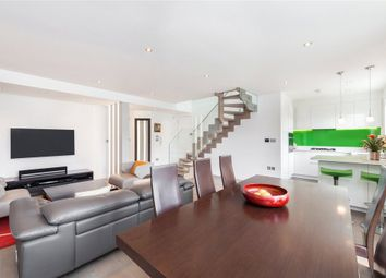 Thumbnail 3 bed flat to rent in De Walden Street, London