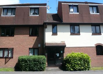 1 bed flat to rent in Osbourne Mews, Slough SL1