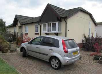 Thumbnail 2 bedroom mobile/park home for sale in Falcon Park (Ref 5440), Martlesham, Ipswich, Suffolk