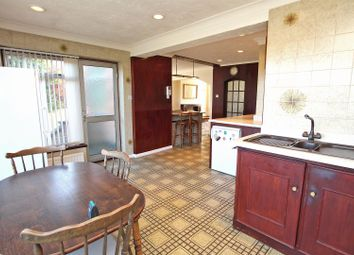 3 bed property for sale in Middle Avenue, Carlton, Nottingham NG4