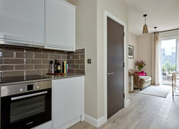 Thumbnail 1 bed flat for sale in Clivemont Road, Maidenhead
