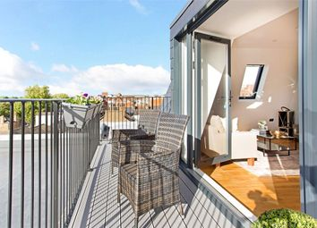 Thumbnail 2 bedroom flat for sale in Alexandra Court, Windsor, Berkshire