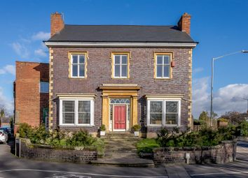 Thumbnail 4 bed detached house for sale in Emscote Road, Warwick, Warwickshire