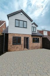4 bed detached house for sale in Mons Avenue, Billericay CM11