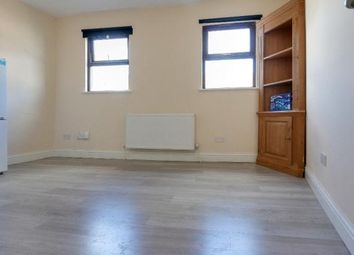 1 bed flat to rent in Whitehorse Road, Croydon, Surrey CR0