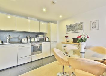 Thumbnail 2 bed flat to rent in Union Lane, Isleworth