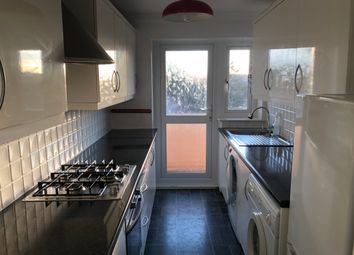 2 bed flat to rent in Fintryside, Dundee DD4