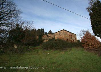 Thumbnail Farmhouse for sale in 53020 Trequanda Si, Italy