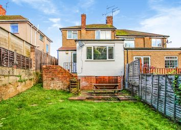 Thumbnail 1 bed maisonette for sale in Carisbrooke Avenue, Watford, Hertfordshire