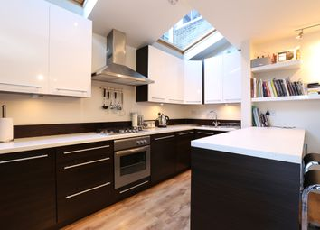 Thumbnail 2 bedroom flat to rent in Knoll Road, Wandsworth, London