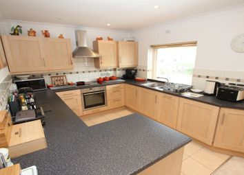 Thumbnail 2 bed flat to rent in Larchmoor Park, Gerrards Cross Road, Stoke Poges, Slough