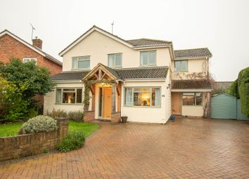 Thumbnail 4 bed detached house for sale in The Moorlands, Benson, Wallingford