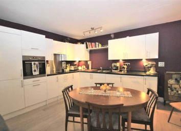 1 bed maisonette to rent in Vulcan Way, Islington N7