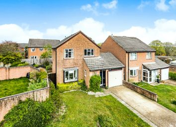 St Annes Close, Winchester, Hampshire SO22. 3 bed detached house for sale