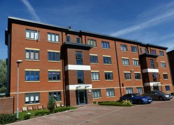 Thumbnail 2 bed flat for sale in Bartlett Crescent, High Wycombe
